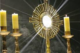Le Saint Sacrement – par le Diacre Jacques FOURNIER